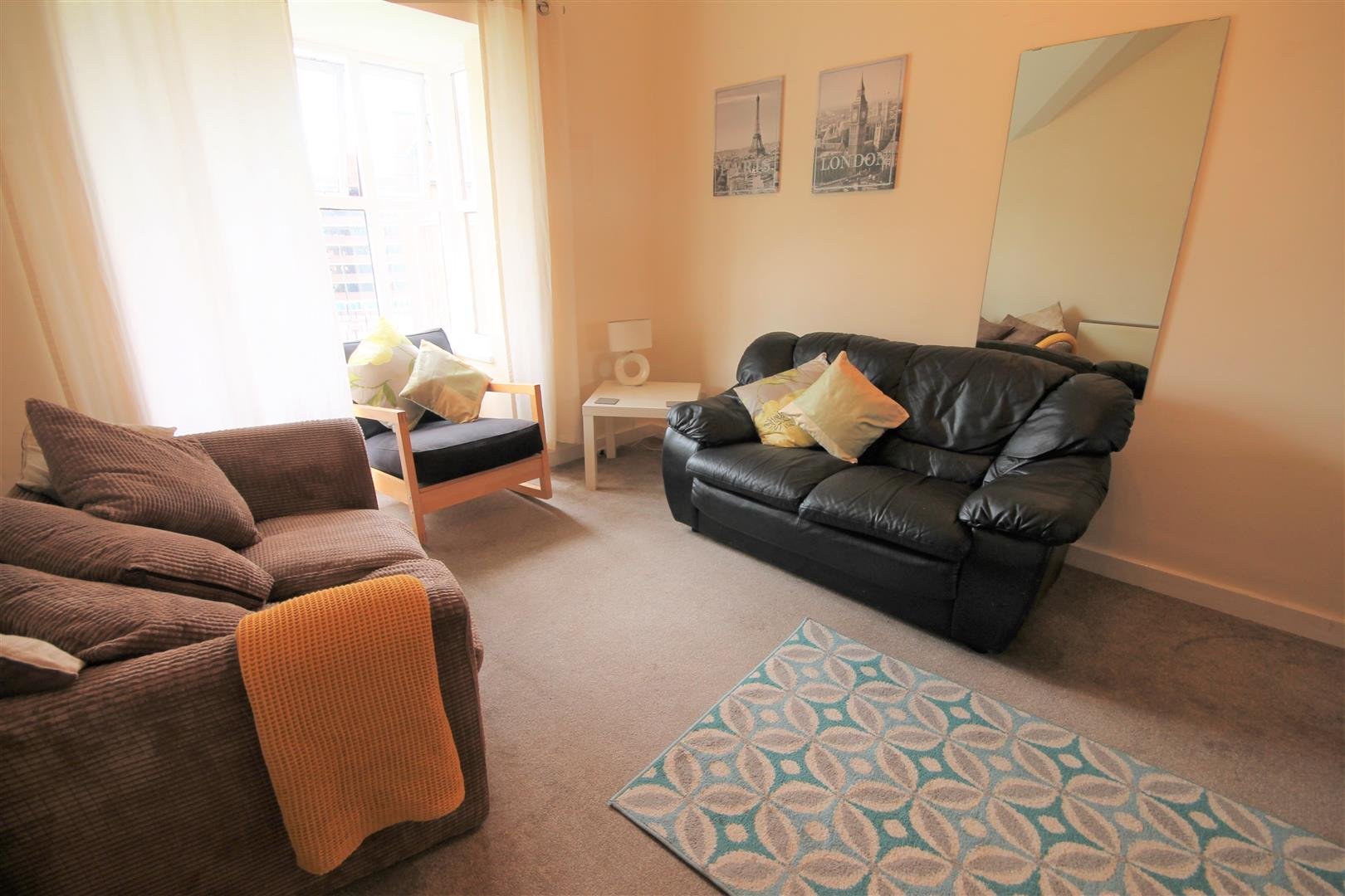 The Mews Newcastle Upon Tyne, 2 Bedrooms  Apartment ,To Let